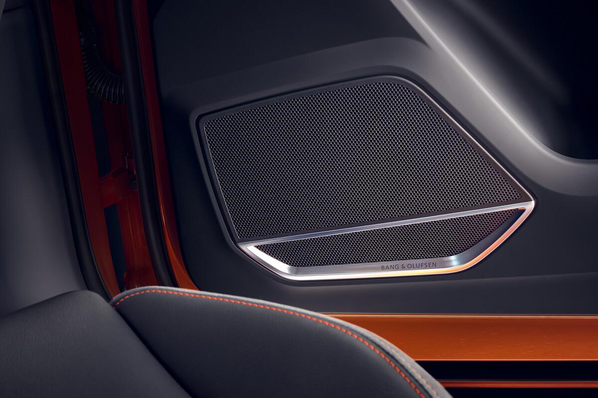 Audi-Q3-gallery-1200x800-3