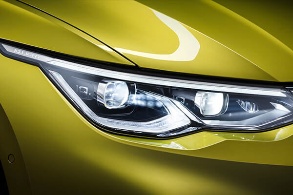 Volkswagen-Golf-parousiasi-led-lights-600x400