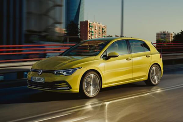VW-Golf-prosfora-Volkswagen-MORE-for-you-600x400