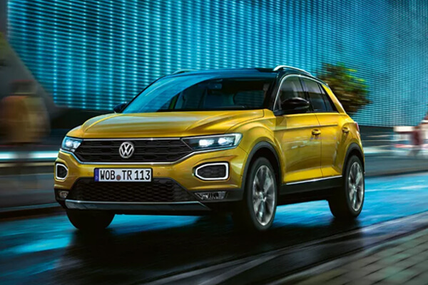 VW-T-Roc-prosfora-Volkswagen-MORE-for-you-600x400
