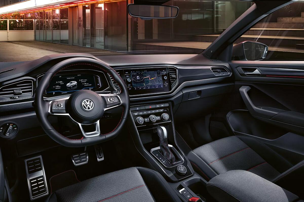 Volkswagen-T-Roc-esoteriko-exoplismos-sport-1200x800