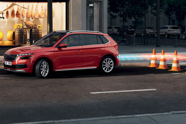 Skoda-Kamiq-manoeuvre-assist-600x400