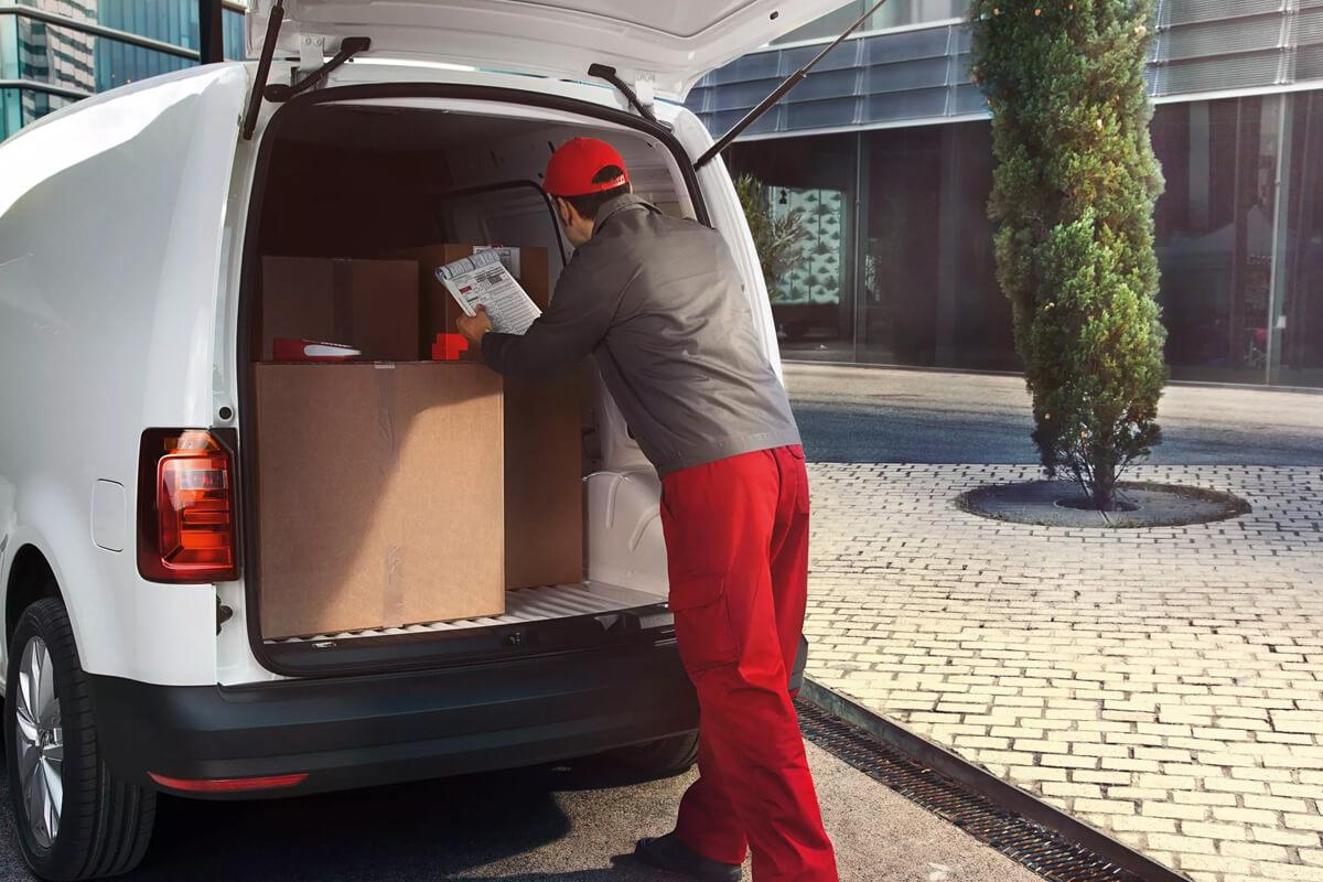 Volkswagen-Caddy-epaggelmatiko-gallery-1200x800-2