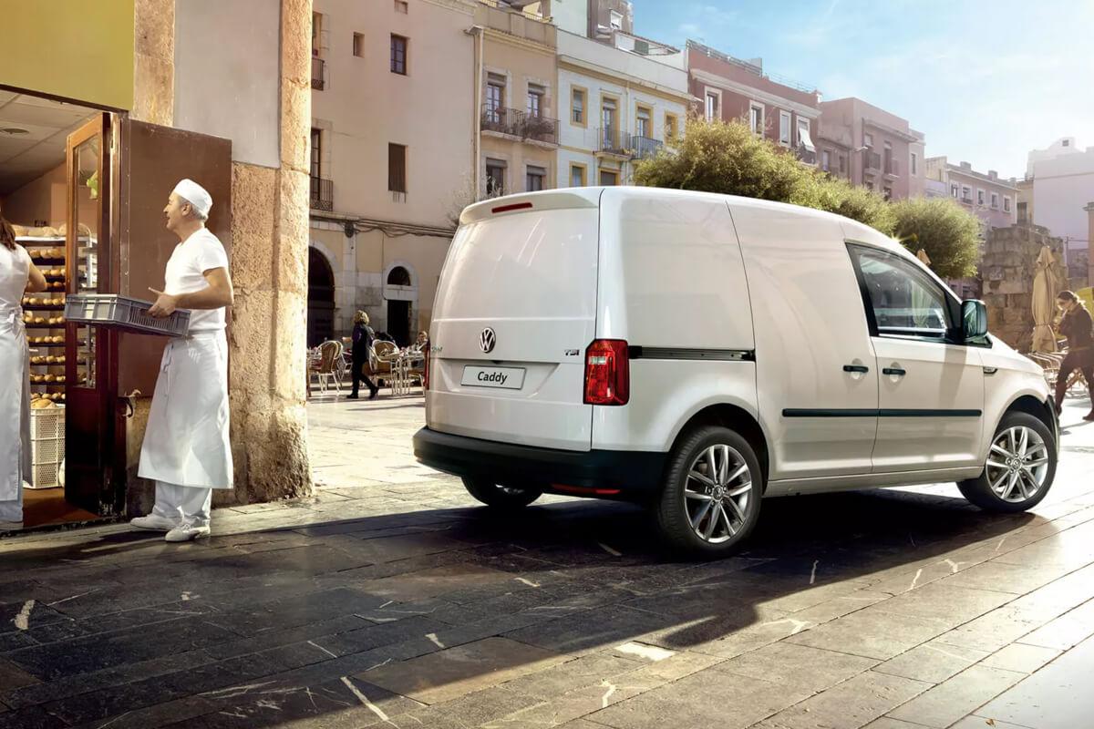 Volkswagen-Caddy-epaggelmatiko-gallery-1200x800-7