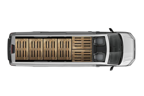 Volkswagen-Crafter-polu-makru-xwros-fortwsis-6-eurwpaletes-600x400