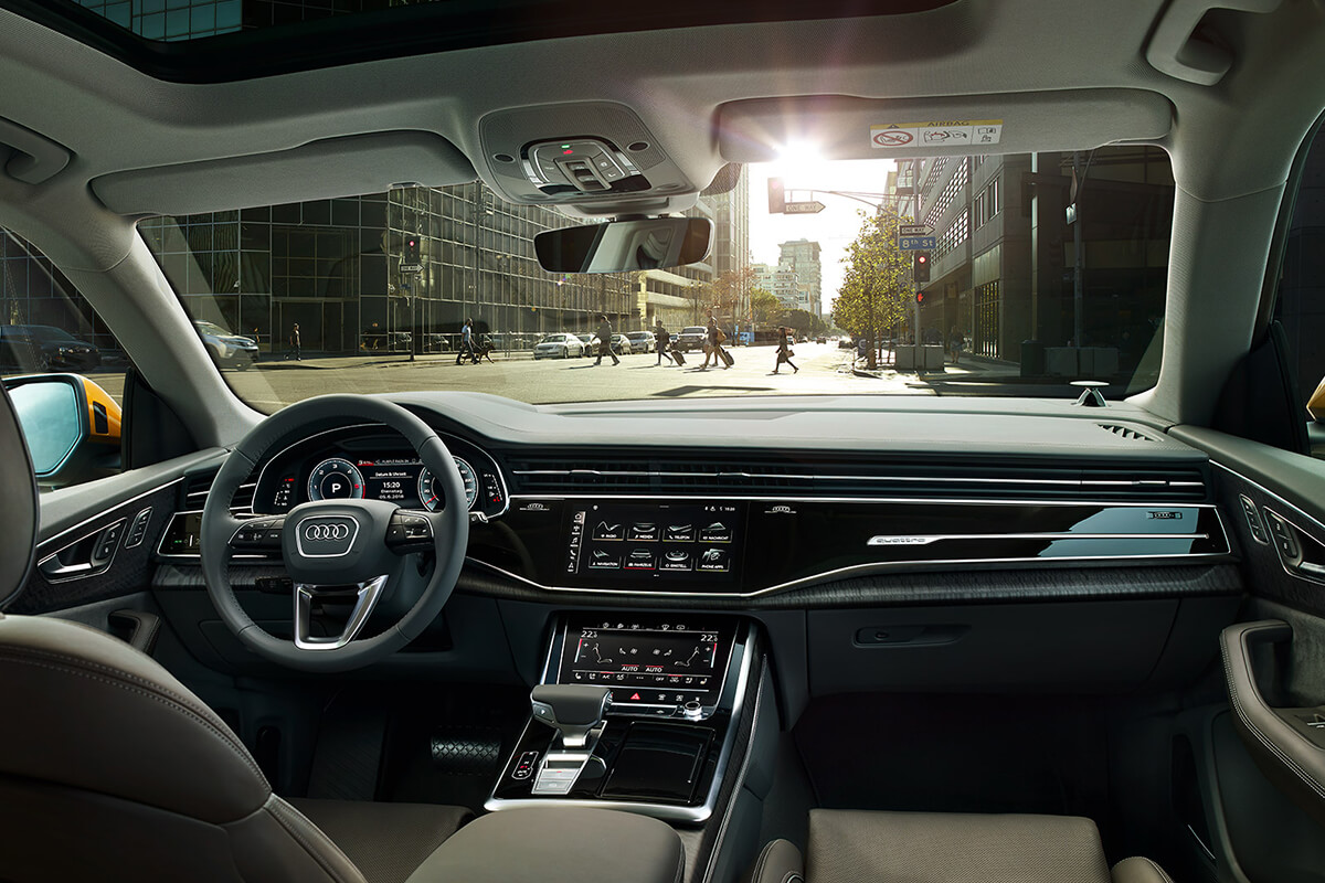 Audi-Q8-eswteriko-anesi-poluteleia-exoplismos-1200x800