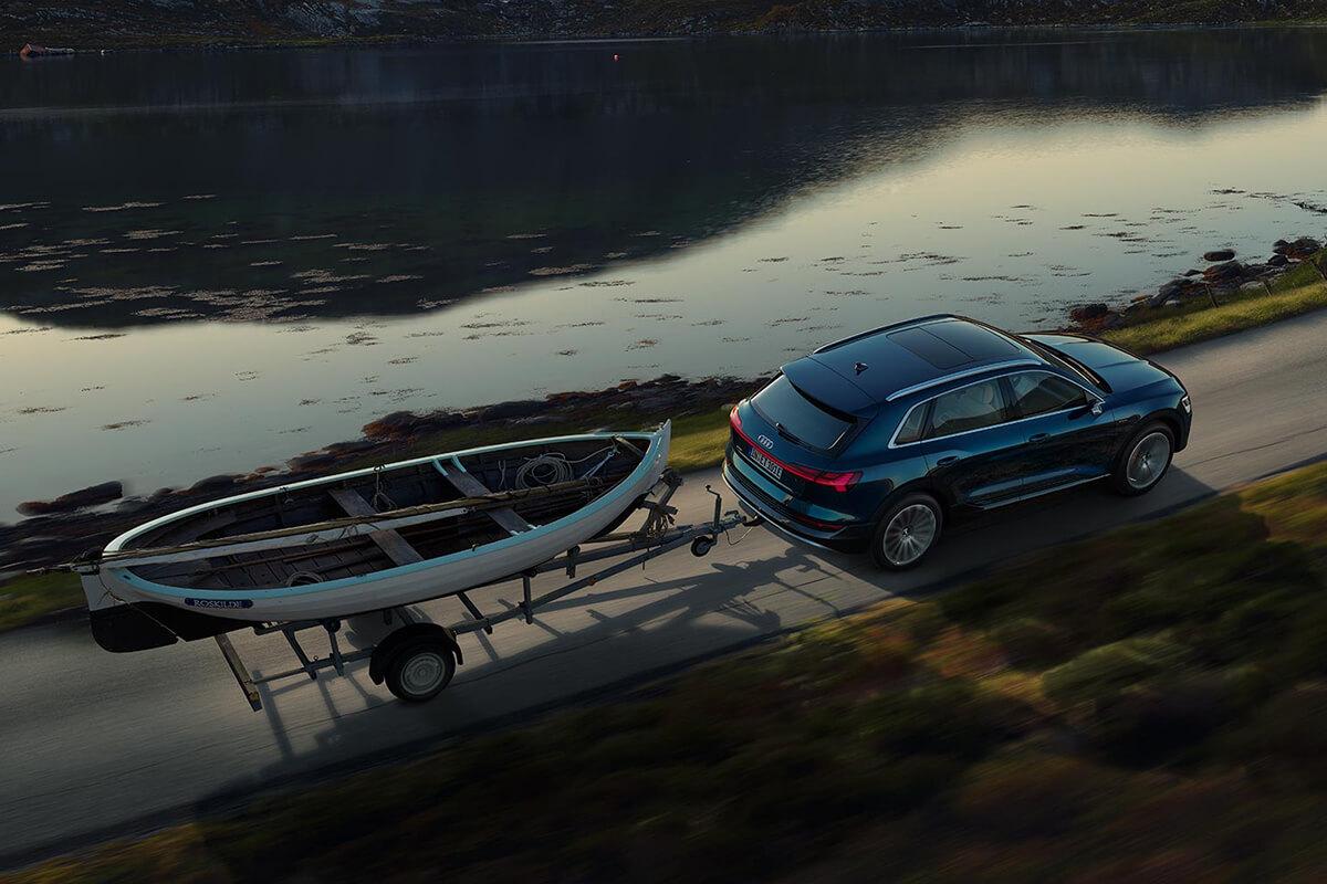 Audi-e-tron-gallery-1200x800-8