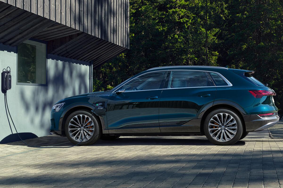 Audi-e-tron-gallery-1200x800-10
