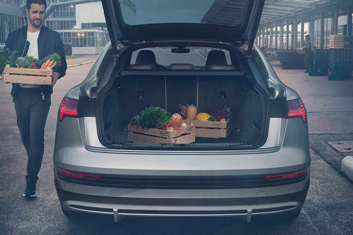 Audi-e-tron-Sportback-gallery-1200x800-10