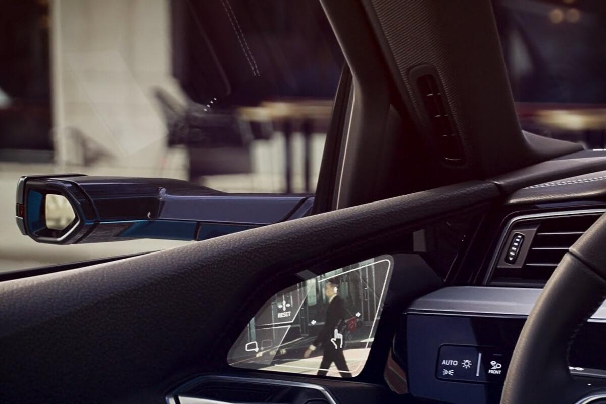 Audi-e-tron-virtual-mirrors-1200x800