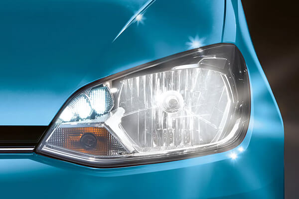 Volkswagen-up-600x400-light-and-vision-pack