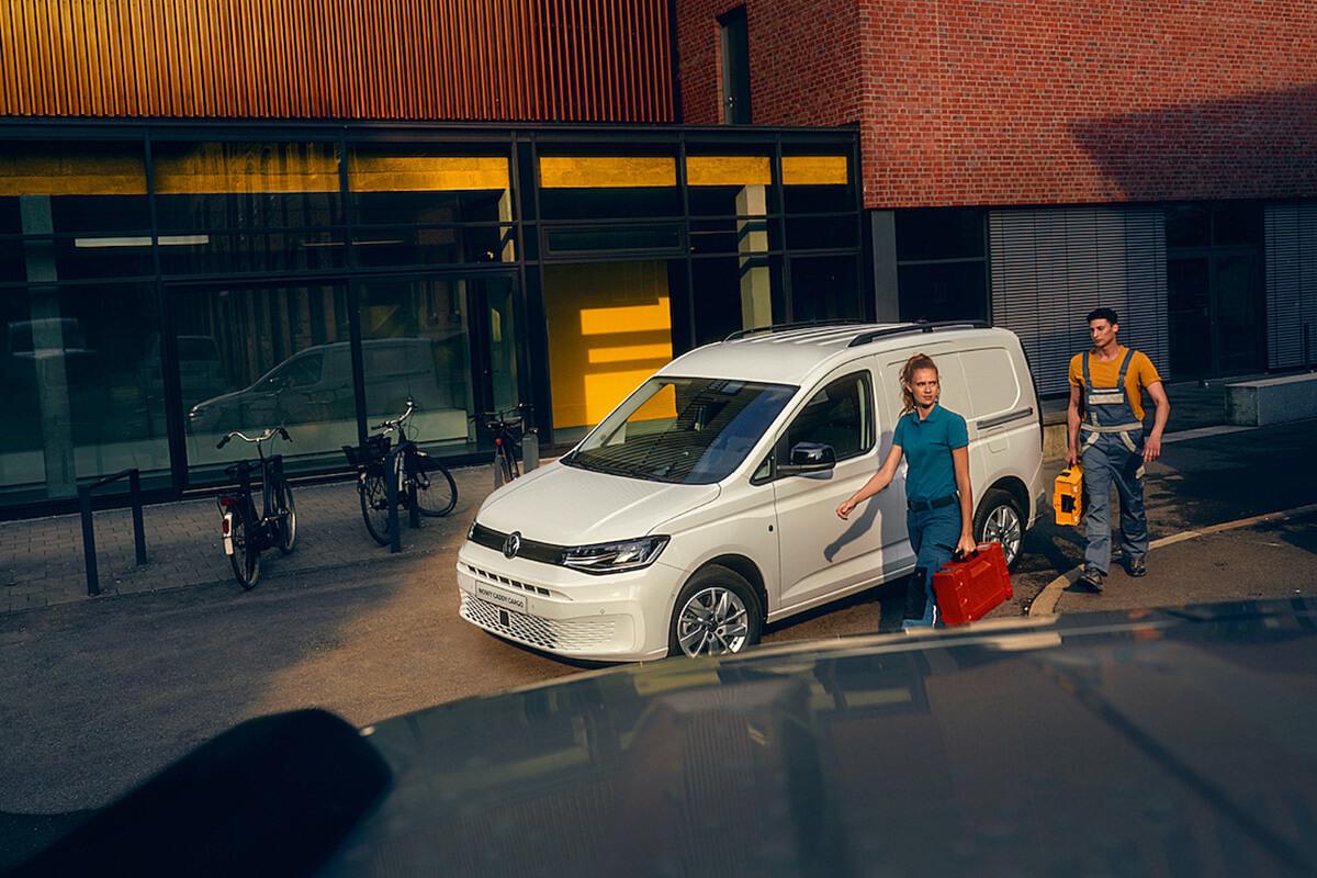 Volkswagen-Caddy-Van-gallery-1200x800-1