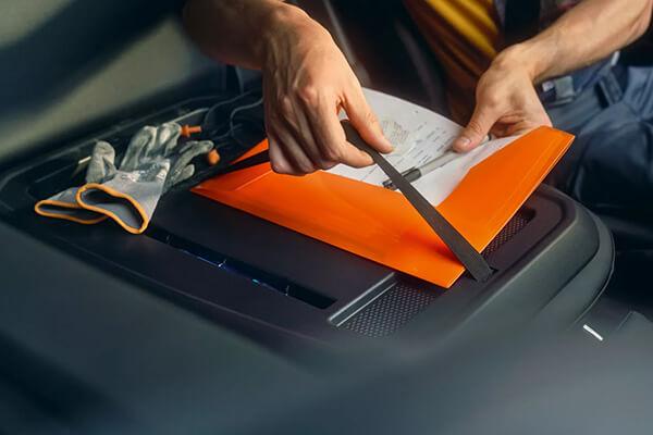 Volkswagen-Caddy-cargo-seat-backpanel-600x400