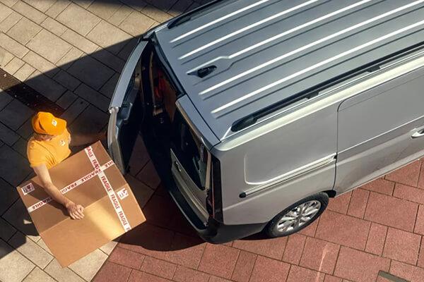 Volkswagen-Caddy-Van-maxi-door-600x400