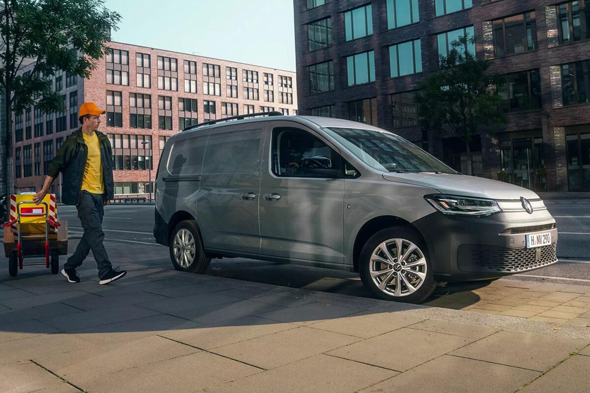Volkswagen-Caddy-Van-Maxi-1200x800