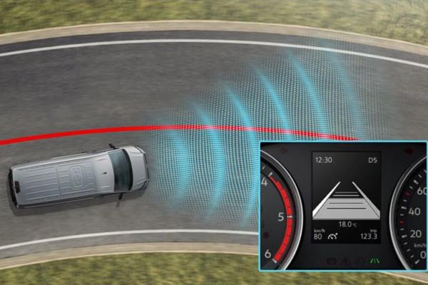 Volkswagen-Transporter-lane-assist-600x400