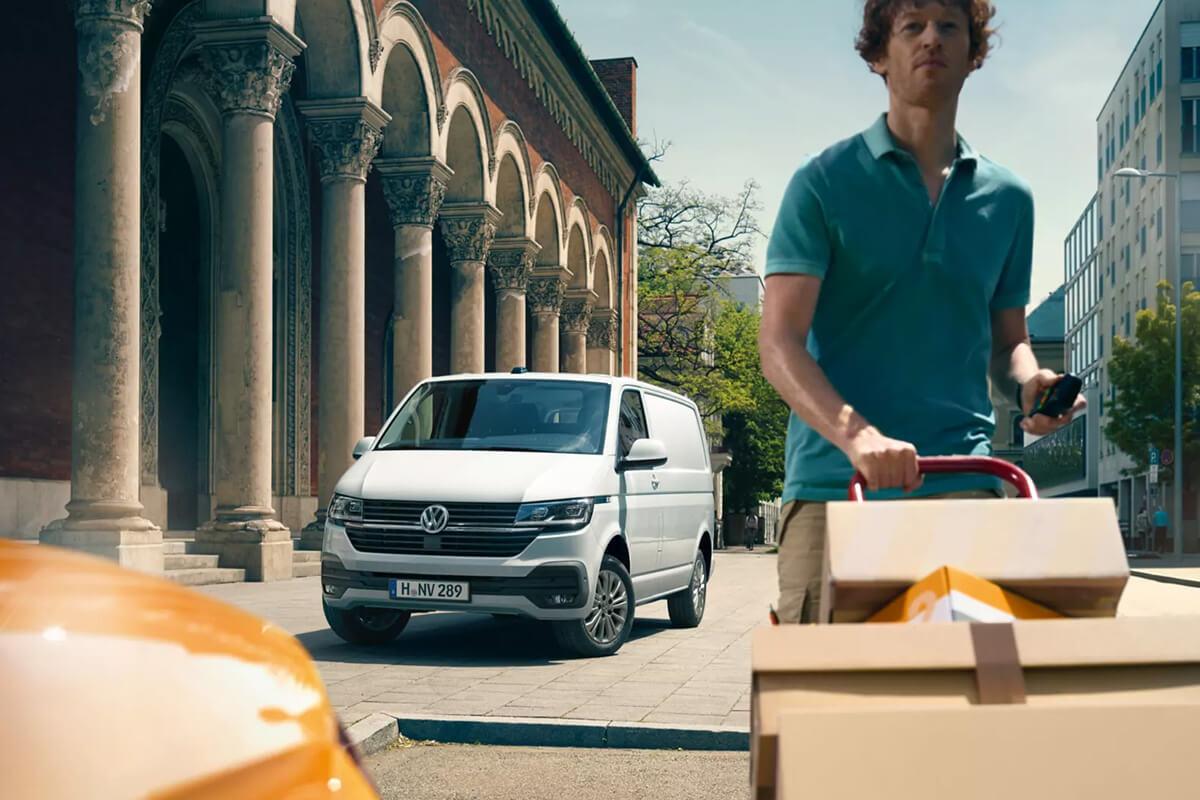 Volkswagen-Transporter-gallery-1200x800-2