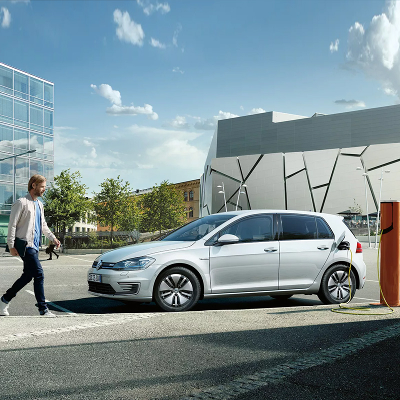 Volkswagen-e-Golf-header-1900x633